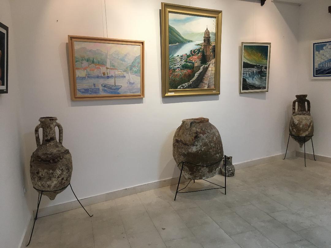 Umjetnički radovi NVO Slikarski uranak izloženi u Muzeju grada Perast