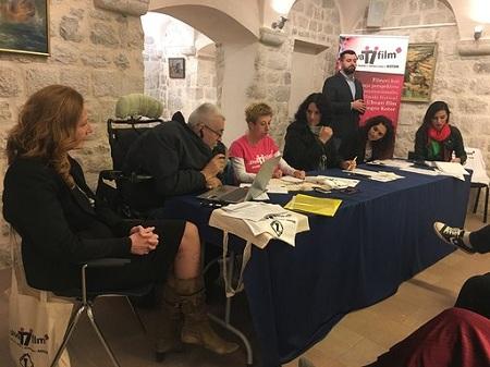 """Panel diskusije """"Pristupačnost i mogućnosti OSI za participaciju u kulturi"""" i """"Prikazivanje OSI u medijima i na filmu"""""""